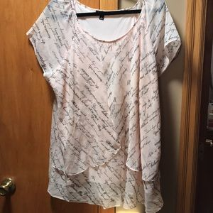 Women's Short Sleeve Dressy Top. Size 2X